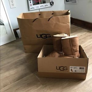 Short W Classic UGG boots